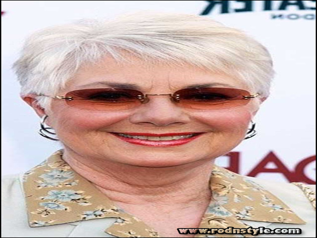 Short Haircuts For Women Over 70 0