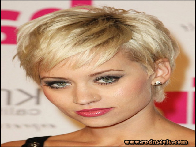 Image for 12 Images Of Short Haircuts For Women With Thin Hair