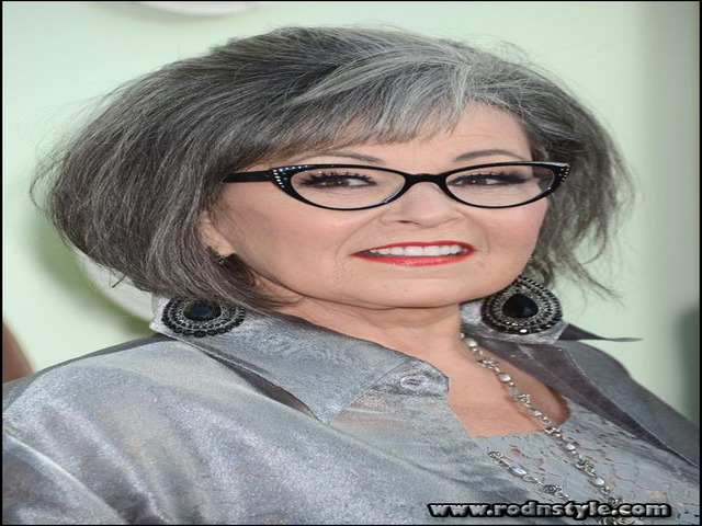 Hairstyles For Women Over 60 With Glasses 4