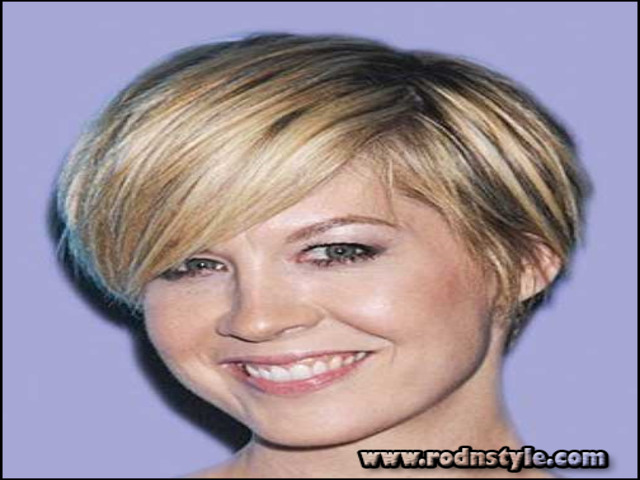 Short Hairstyles For Fine Hair Over 40 9