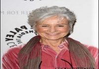 hairstyles-for-grey-hair-over-60-8