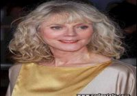 Long Hairstyles For Women Over 60 8