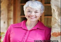 Short Haircuts For Women Over 70 9