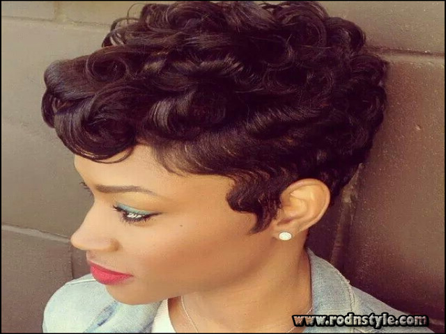 27 Piece Hairstyles With Curly Hair 2