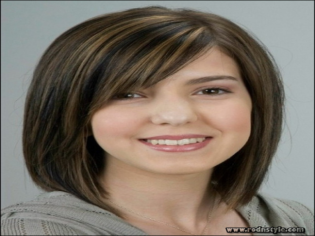 Best Women's Haircuts For Thinning Hair 13