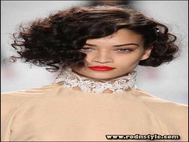 Haircuts For Curly Frizzy Hair 7