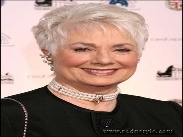 Haircuts For Women Over 70 9