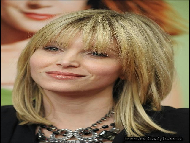 Haircuts For Women With Thinning Hair 4