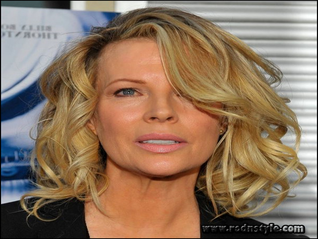 Medium Length Haircuts For Women Over 50 12