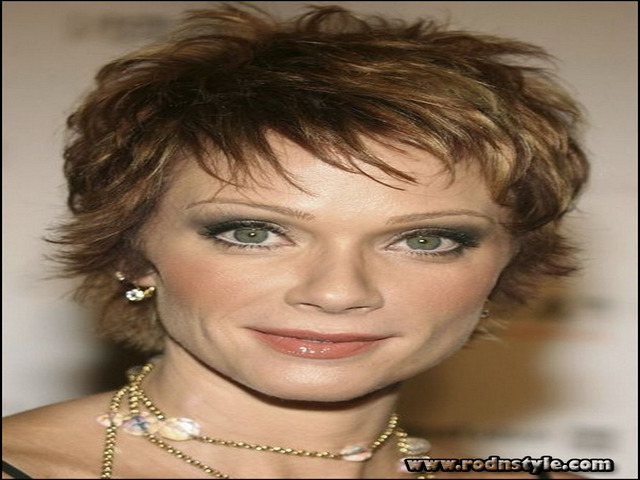 Womens Short Haircuts For Thin Hair 4