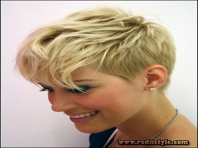 Womens Short Haircuts For Thin Hair 9