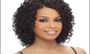 Beach Curl Weave Hairstyles 2