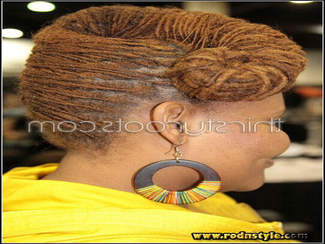 Different Hairstyles For Dreads 4
