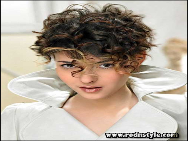 Haircuts For Thick Curly Frizzy Hair 10