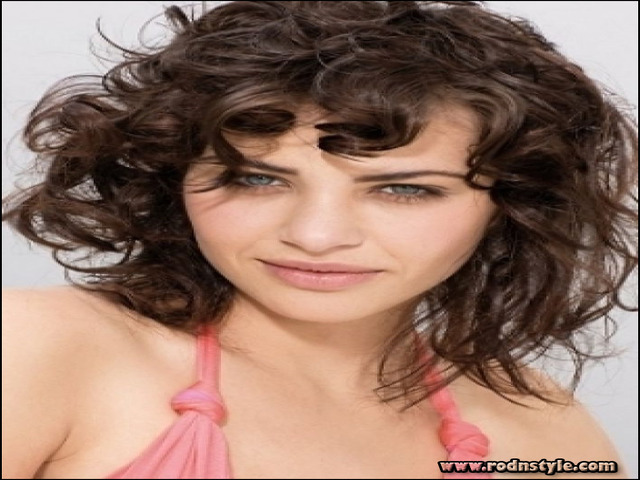 Haircuts For Thin Curly Hair 7