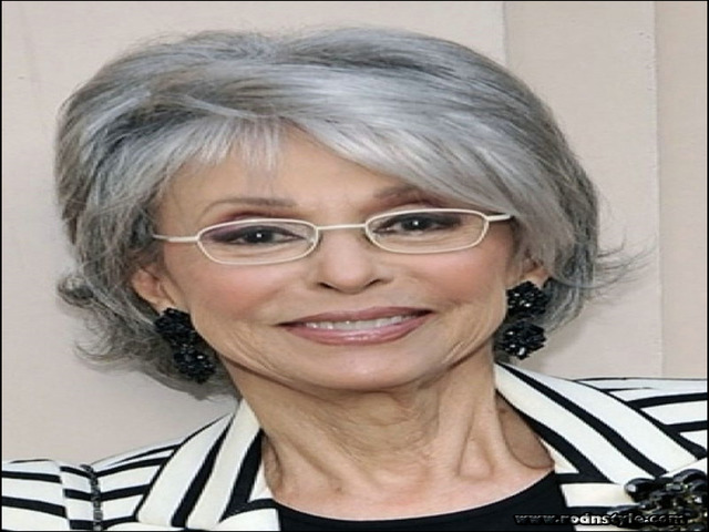 Hairstyles For Over 60 With Glasses 11