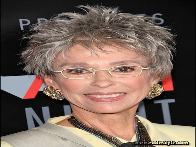 Hairstyles For Over 60 With Glasses 9