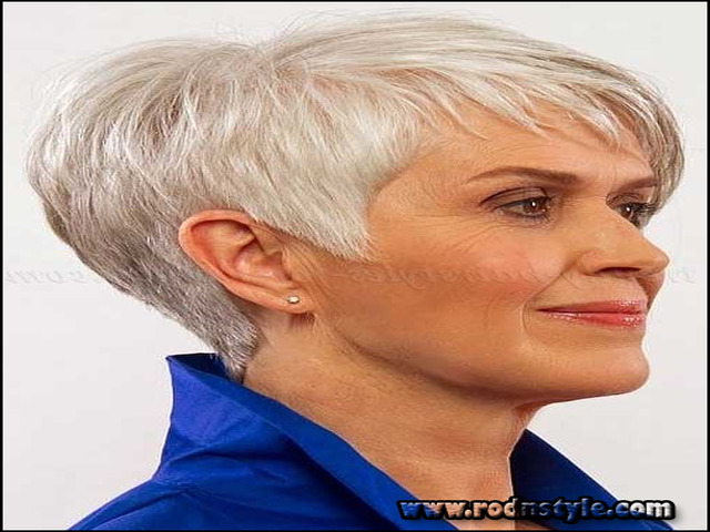 Short Haircuts For Grey Hair 7