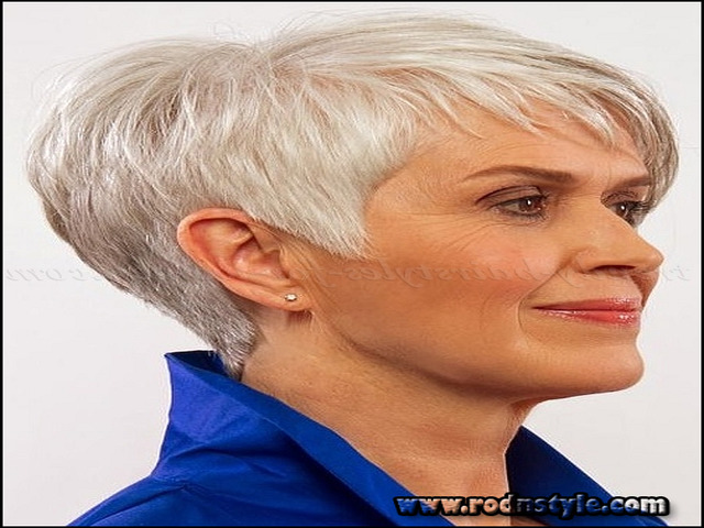 Short Haircuts For Mature Ladies 3