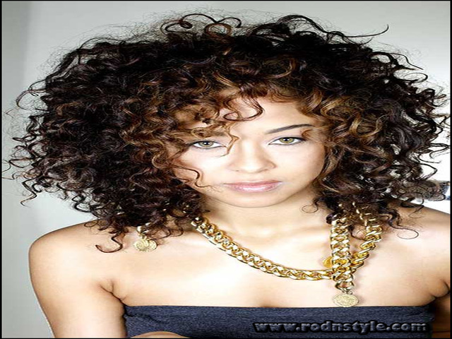 Short Haircuts For Naturally Curly Hair 8
