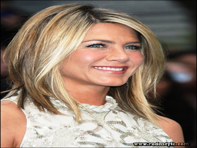 Image for Seven Tips To Avoid Failure In Mid Length Hairstyles Fine Hair