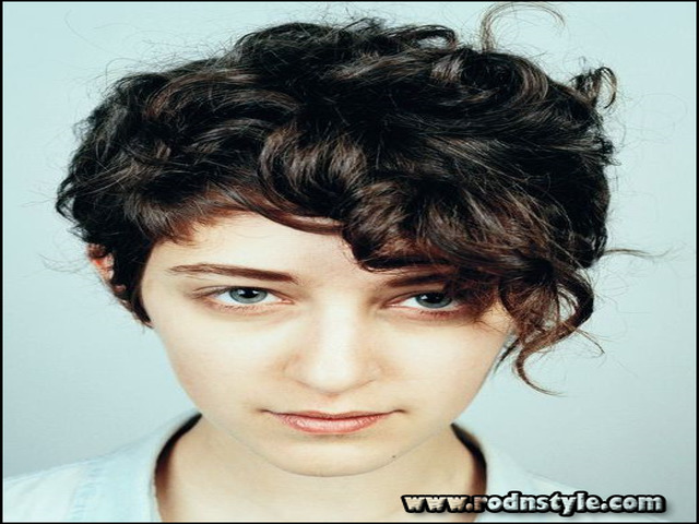 Short Haircuts For Curly Hair 2015 12