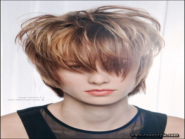 Short Hairstyles With Highlights And Lowlights 5