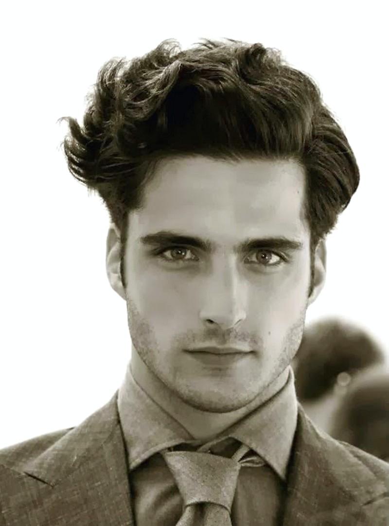 Curly-Wavy-Mens-Hairstyle Curly Wavy Mens Hairstyle