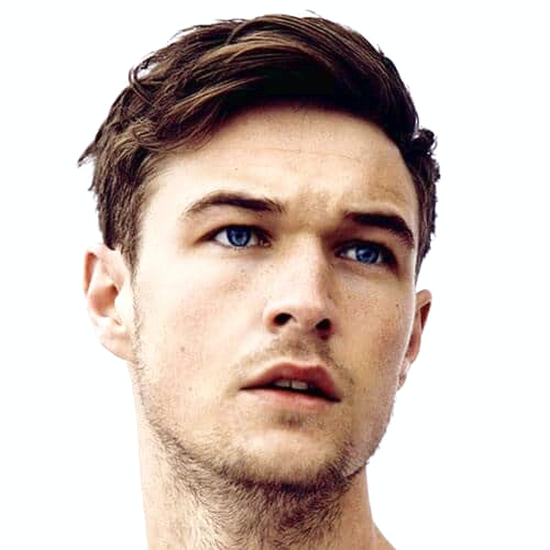 MenS-Casual-Short-Straight-Hairstyle Men'S Casual Short Straight Hairstyle