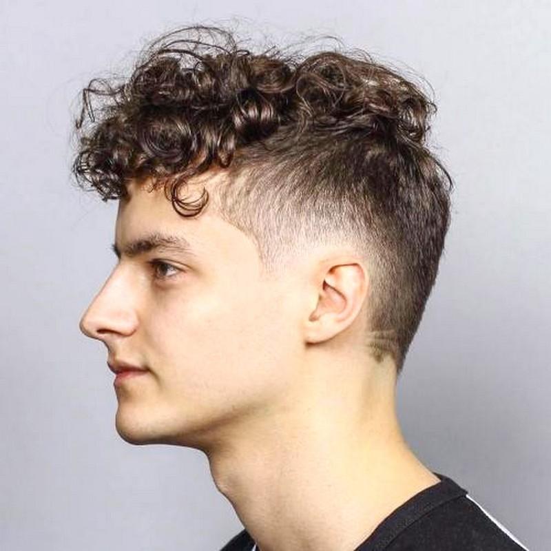 Mens-Haircut-Short-Sides-Long-Top-Curly Mens Haircut Short Sides Long Top Curly