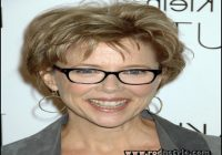 Short Hairstyles For Over 50 With Glasses 1